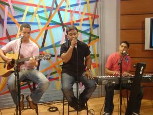 Banda Rezza participa de programa de rádio